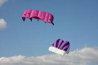 Lenkdrachen pink und lila
