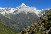 Das Weisshorn über dem Mattertal, Täschalp, Wallis, Schweiz