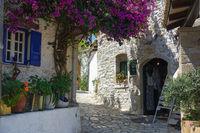 Das malerische Dorf Afionas, Korfu, Griechenland
