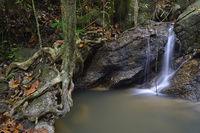 Kaskaden des Kathu Wasserfall, Phuket, Thailand