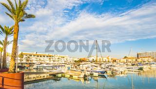 blick auf den yachthafen von vilamoura