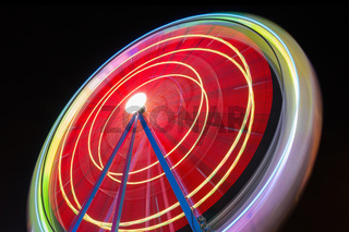Beutiful Long exposure picture of a ferris wheel rotating