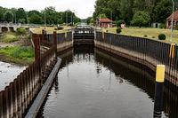 Schleuse am Müritz-Elde Kanal