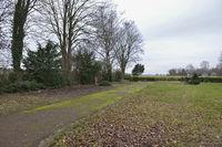 alter Friedhof... Kerpen Manheim *Nordrhein-Westfalen*, in Auflösung in Vorbereitung auf die Erweiterung des Braunkohle-Tagebaus Hambach