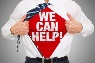 Beratung Konzept We can help als Slogan auf Shirt