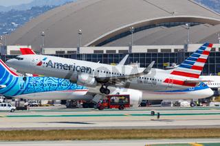 American Airlines Boeing 737-800 airplane Los Angeles airport