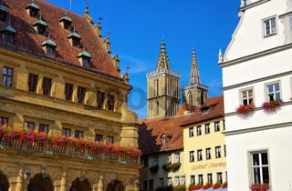 Rothenburg Rathaus und Kirche - Rothenburg in Germany, town hall and church