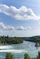 Blick auf den Rhein mit Schlössli Wörth in Neuhausen am Rheinfall