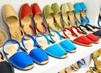 Shopping for Avarca (Menorca sandals)
