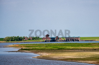 Lock (water navigation) Leysiel.