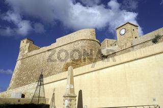 restaurierte historische Zitadelle über der Inselhauptstadt