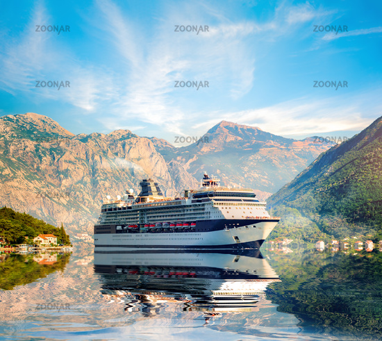 Cruise liner ship