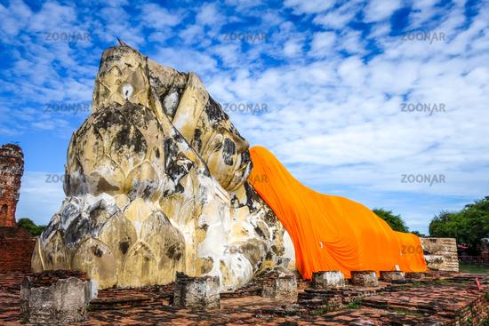 Reclining Buddha, Wat Lokaya Sutharam temple, Ayutthaya, Thailand