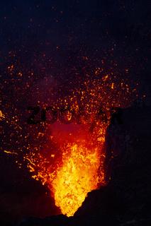 Lava explodiert