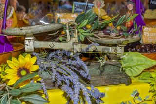 Präsentation lokaler Produkte mit Lavendel