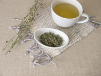 Hirtentäschel Tee aus getrocknetem Hirtentäschelkraut
