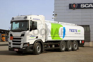 Scania R520 Fuel Tanker for Renewable Diesel