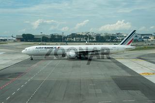 Singapur, Republik Singapur, B777 Passagierflugzeug der Air France auf dem Flughafen Changi