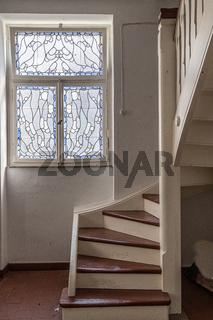 Treppenhaus im Badehaus 5 der Jugendstil Kuranlage Sprudelhof