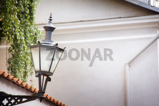 street lamp design of the early 20th century