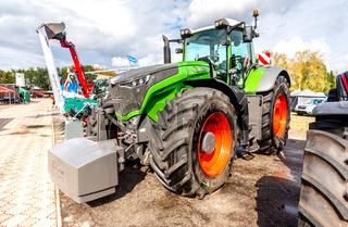 Modern agricultural wheeled tractor Fendt 1050 Vario