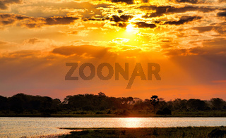 Sonnenuntergang am Shire, Liwonde Nationalpark, Malawi | Sunset at Shire, Liwonde National Park, Malawi