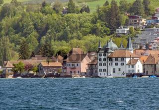 Blick von Hemmenhofen auf der Höri  nach Steckborn mit Turmhof   in der Schweiz