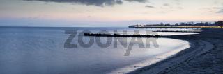 Blaue Stunde an der Ostseekueste