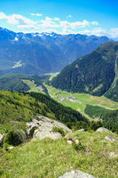 Blick Richtung Niederthai, Ötztal, Osttirol