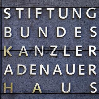 SU_Bad Honnef_Adenauer_01.tif
